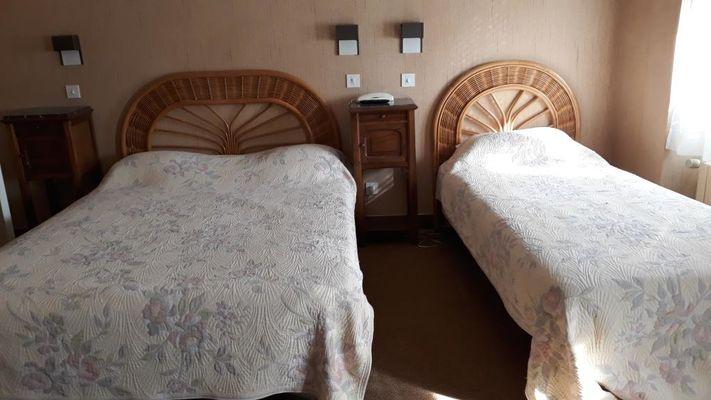 Hôtel_Maury_Saint-Céré_chambre triple