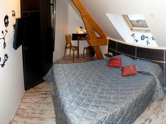 Hotel Restaurant Le Centre - Chambre Gris et Noir