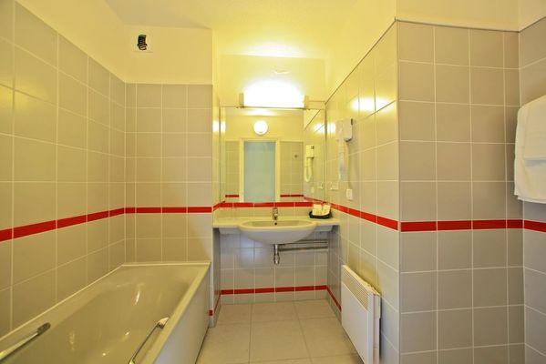 Hotel le Chateau-Rocamadour-salle de bain 2