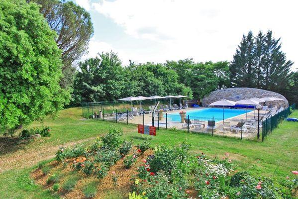 Hotel le Chateau-Rocamadour-piscine et parc