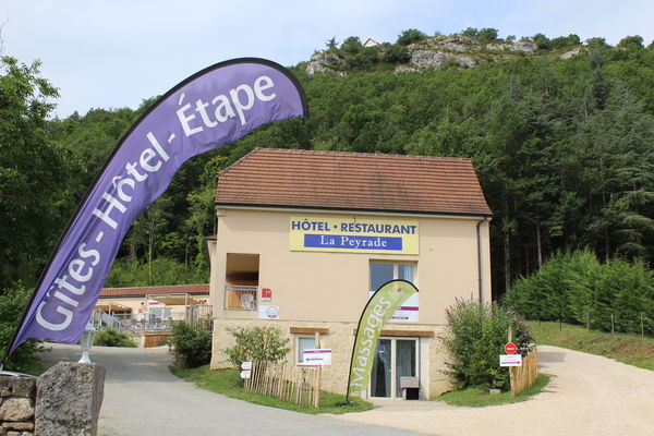 HotelRestau_LaPeyrade_Cajarc_ArriveeHotel