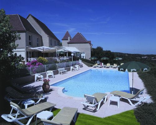 Hôtel Restaurant Le Relais à Castelnau