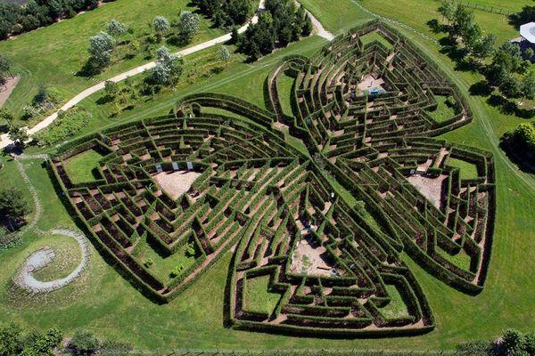 LES_JARDINS_DE_COLETTE_VARETZ_labyrinthe