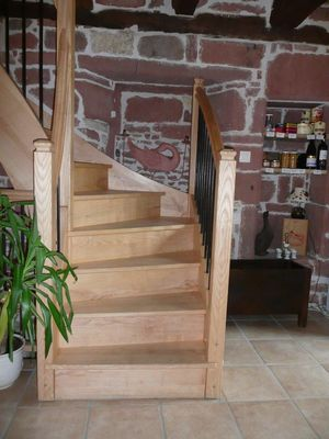 La Mérelle l'escalier en frêne.jpg