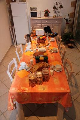 Le Paradis - Mme Capy - petit dejeuner JPG