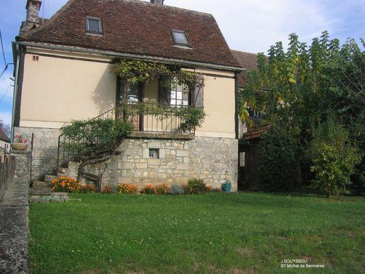 Bouyssou jacqueline saint michel de banni res lot for Jardin 2 niveaux