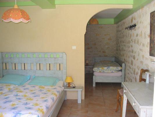 Location-LaMajorieBasse-Altillac_chambre