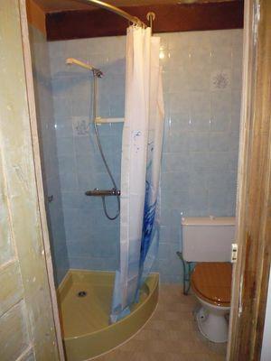 Location chez Paul et Alice - Collonges - salle de douche