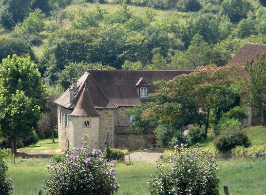 LocationVIGNAIS-Queyssac-les-Vignes_maison
