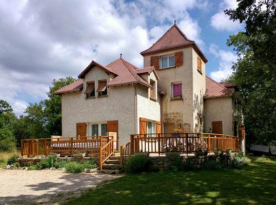 Maison chambre d'hôtes le Bout du Roc à Alvignac_01_