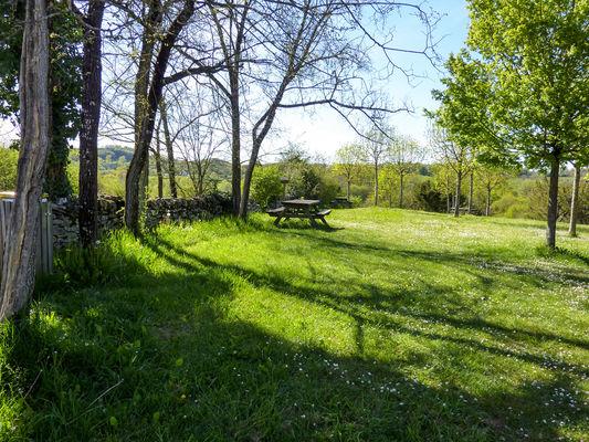 Marais de Bonnefont - aire de pique-nique © Lot Tourisme - C. Sanchez