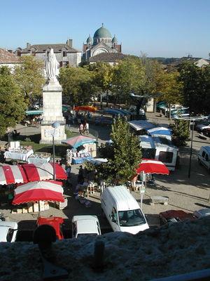 Marché à Castelnau-Montratier