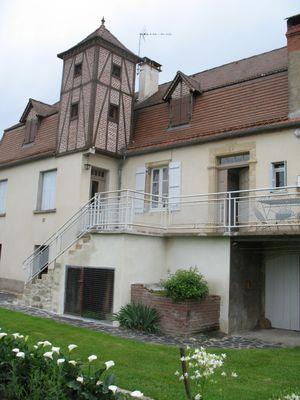 Meublé_bernadou_facade
