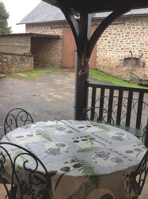 MeubléLARBRE-Aubazine_terrasse2