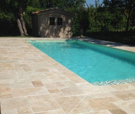 Mme Dreux piscine