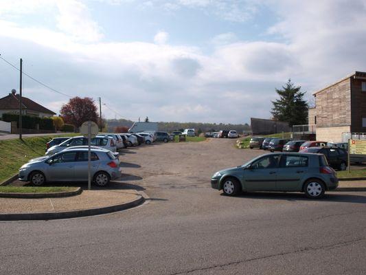 Parking Pont Gare Gourdon