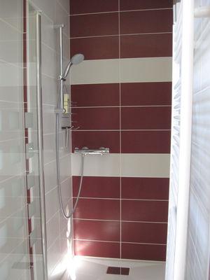 Salle de bain - La Grande Chambre - Le Pradel - Monceaux-sur-Dordogne