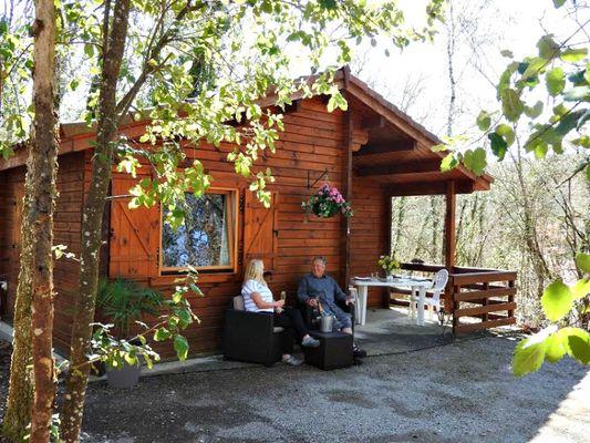 camping château de lacomté