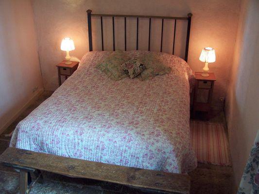 chambre rose gåte garde-pile