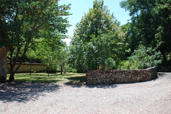 Jardin agrément ombragé