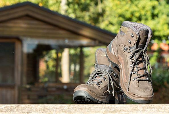 hiking-2042599_960_720