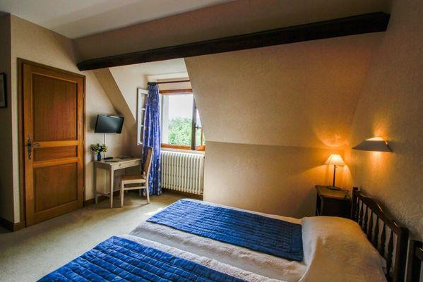 hotel les falaises-gluges martel-chambre3