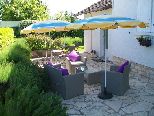 hotel-levat-salon-terrasse