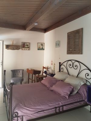 lit-chambre-hotes-cahors