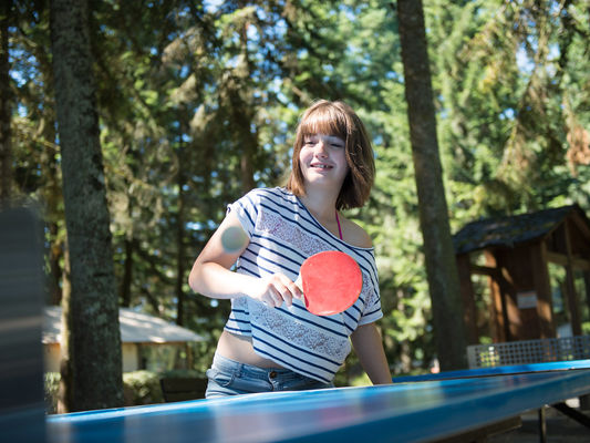 ping-pong_camping_yelloh_village_payrac_jeux_sport