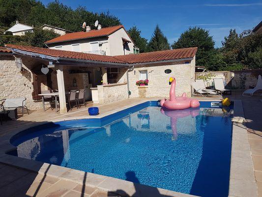 piscine-maison-hotes-cahors