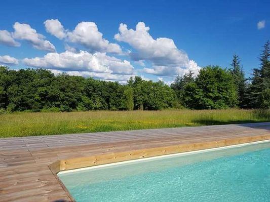 piscine de 11X5,  avec plage en bois