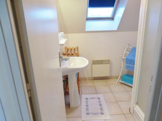 Salle de bain de l'etage