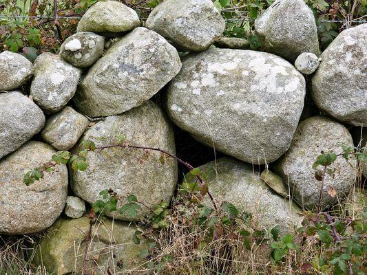 stones-972657_960_720