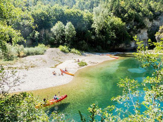 canoe-plage-champignon-camping-blaquiere-gorges-du-tarn