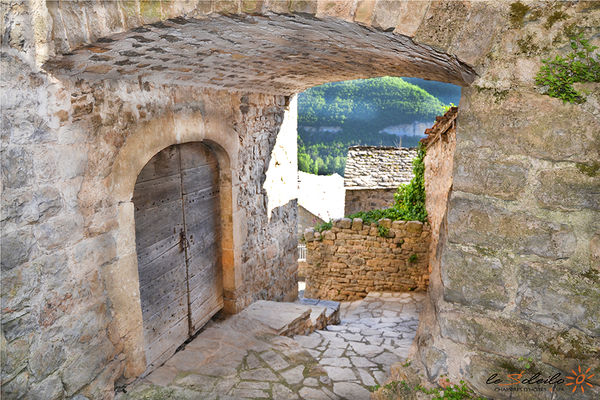 gite-jacuzzi-piscine-chambre-spa-sauna-loft-soleilo-gorgesdutarn-millau-aveyron-lozere-midi-pyrenees-sud-france_mostuejouls