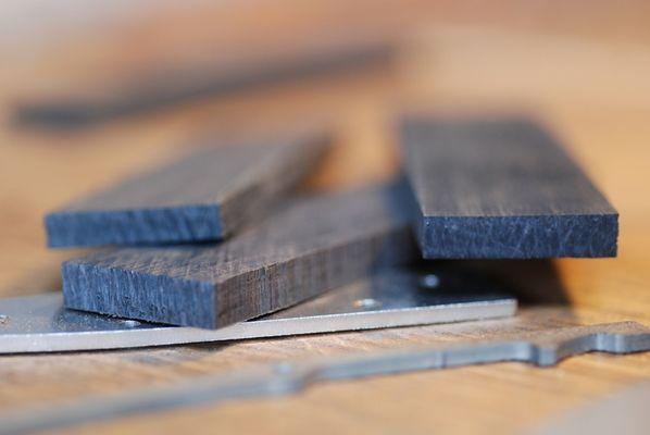 fabrication-artisanale-de-couteaux-en-morta-596263