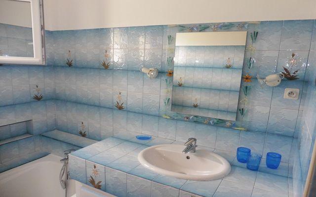 Maison-Iturri-Ondoa-Miranda-salle-bains-02