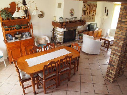 Maison Villanueva - Séjour (Sara Estoueigt)