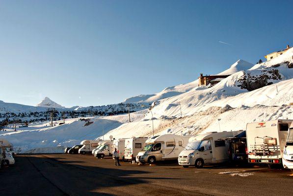 Aire de camping-cars de la Pierre Saint-Martin - Hiver 02