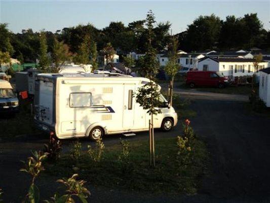Aire-de-service-camping-car-Oyam-Bidart--2-