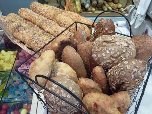 Boulangerie-Roques-Petits-pains-Oloron-Sainte-Marie
