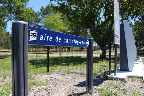 CASTETS-Aire-de-Camping-cars-Ext5
