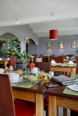 CASTETS_Hôtel Les Bruyères_petit déjeuner