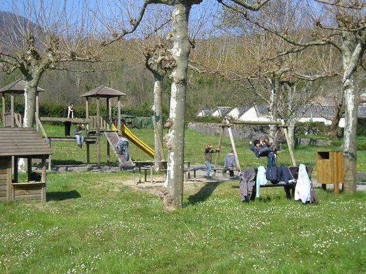 Centre de vacances de la Vallée d'Ossau Aire de jeux