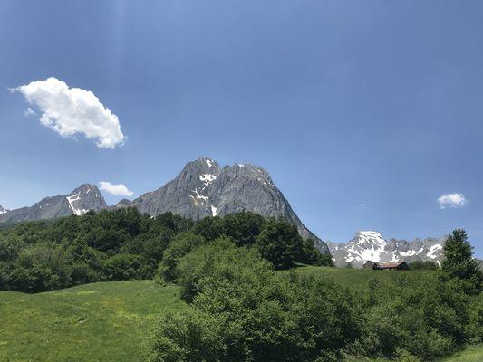 Centre-de-montagne-L-ABEROUAT-LESCUN