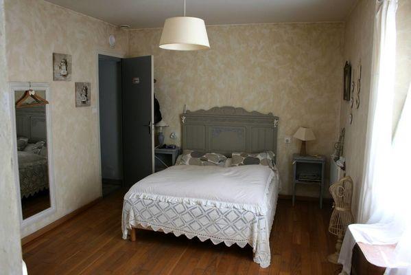 Suite Blanche Laouilleroun