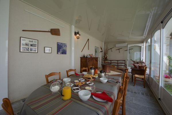 Chambre d'Hôtes Domaine Pédelaborde - Petit déjeuner (Odile Civit)