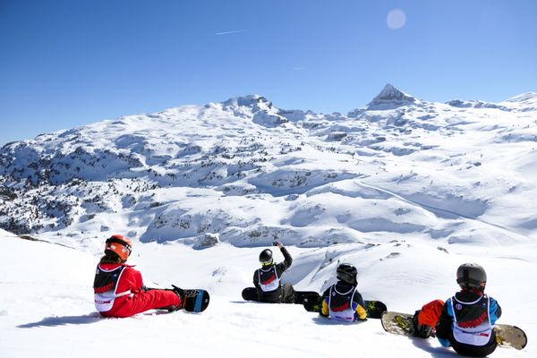 Cours-de-Snowboard-ESF-LA-PIERRE-SAINT-MARTIN