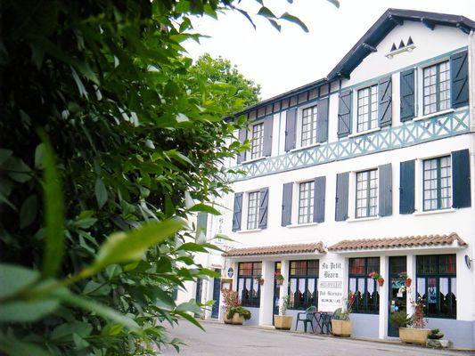 Hôtel-Restaurant Au Petit Béarn