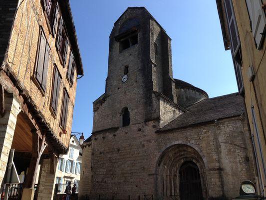 Eglise-Sainte-Croix-et-maison-medievale-OLORON-SAINTE-MARIE-OTHB-DI